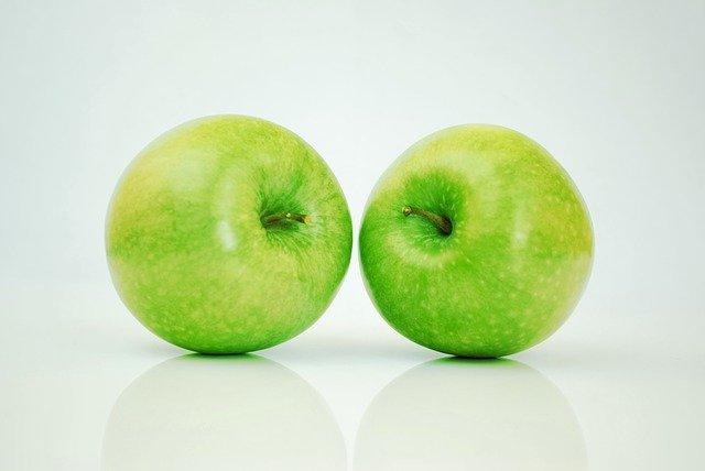 Waarom je best bespoten appels kunt eten